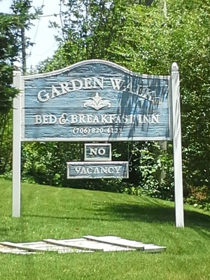 The Garden Walk Bed &Breakfast Inn