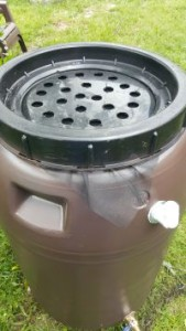 rain barrel Screw Barrel Lid back on